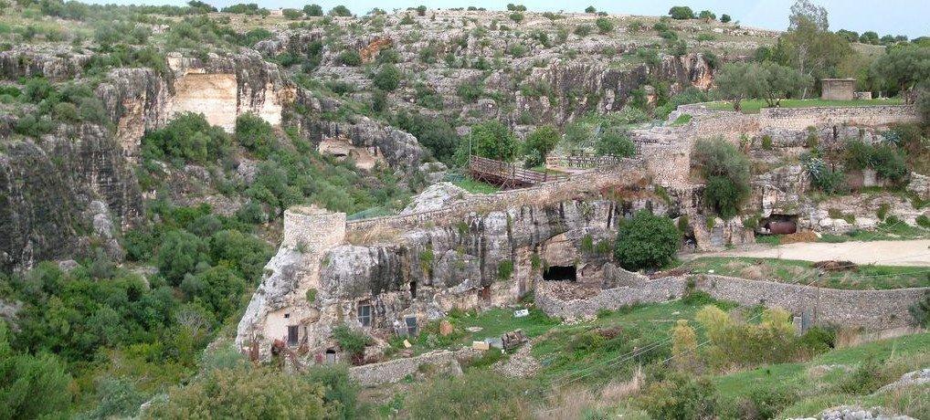 Cava-Ispica-torre-fortilitium