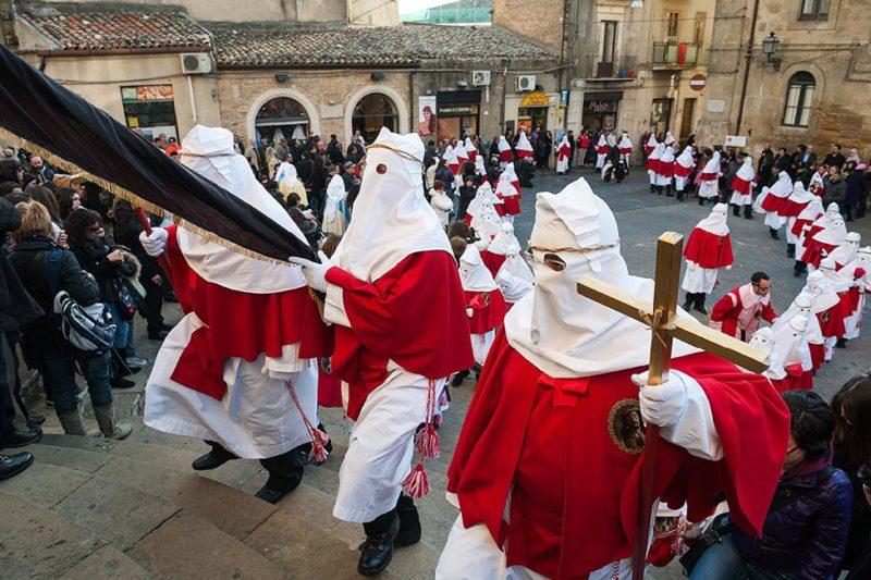 Processione-del-Venerdì-Santo-Enna